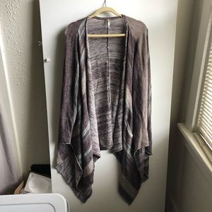 Free People Sweater / Small